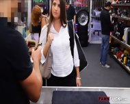 Big Ass Brunette Babe Pawns Her Pussy And Fucked By Pawn Man - scene 2