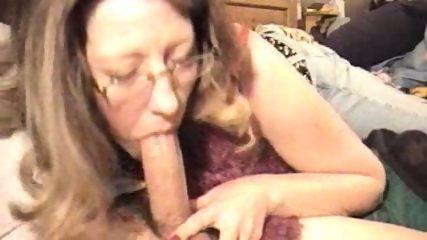 Amateur blowjob and cumshot - scene 9