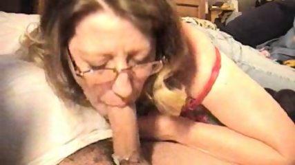 Amateur blowjob and cumshot - scene 12