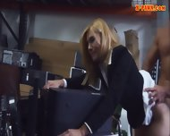 Hot Milf Screwed Up And Receives Money From The Pawnkeeper - scene 8