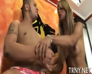 Teen Tranny Tries Sexperiments - scene 7