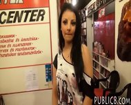 Frontdesk European Chick Flashes And Anal Fucked For Money - scene 2