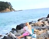 Mind-blowing Outdoor Blowjob - scene 2