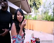 Black Bubble Ass Nikki Ford Get Black Banged - scene 6