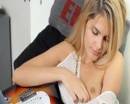 Unbelievable Fairhair And Her Guitar - scene 2