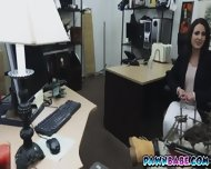 A Shaky Wife Wants The Pawnman S D In His Office
