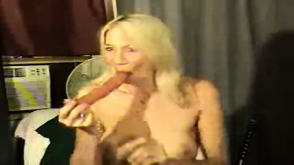 Sausage Deepthroat - scene 2