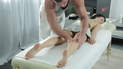 Tattooed Babe Banged Gently On Massage Table - scene 3