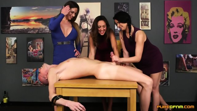 Cathy Heaven Samantha Page And Tasha Holz Nerd Overpowered