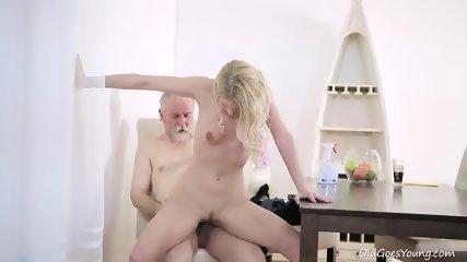 Teen Takes Older Guy's Cock - scene 11