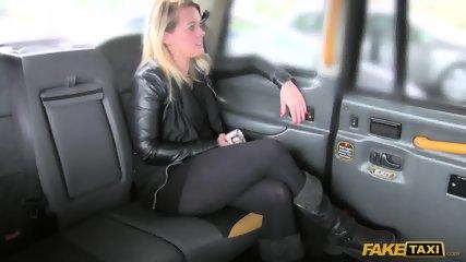 Hardcore Sex In The Cab - scene 1