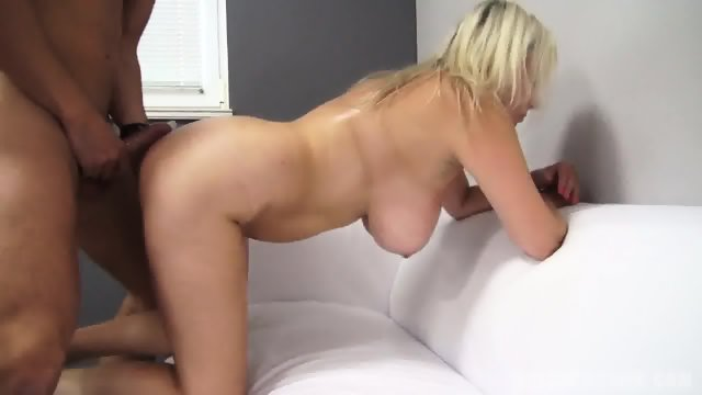 Busty Amateur Fucked At The Casting