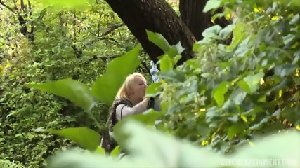 Blonde Nympho Rides Stranger In The Park - scene 4