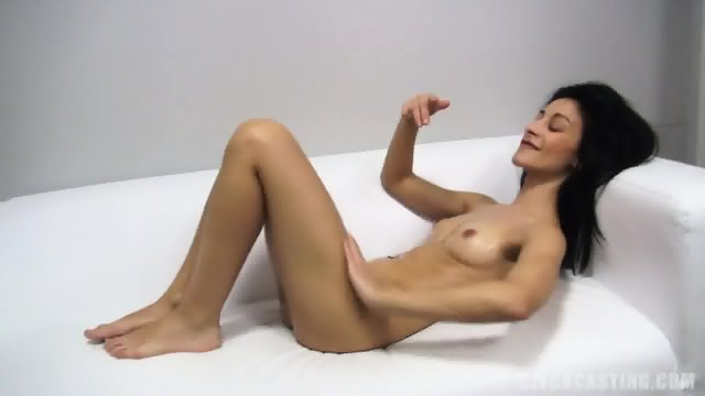 Sexy Body Of Amateur Chick