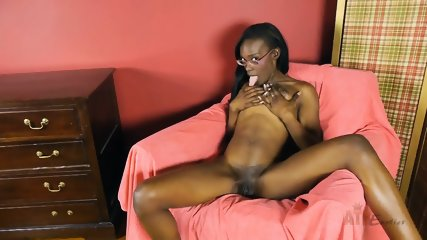 Ebony Chick In Solo Action - scene 3