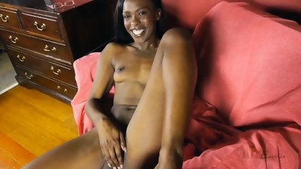Ebony Chick In Solo Action - scene 5