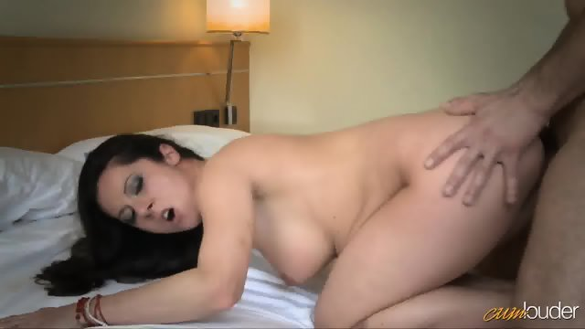 Cum On Her Pussy After Nice Fuck