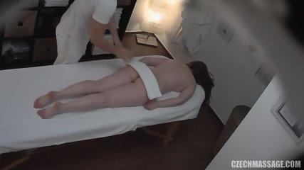Amateur Girl Gets Pussy Massage - scene 2