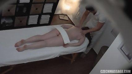 Amateur Girl Gets Pussy Massage - scene 3