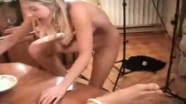 Blondy makes nice handjob