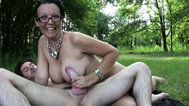 Mature Brunette Fucked In The Park