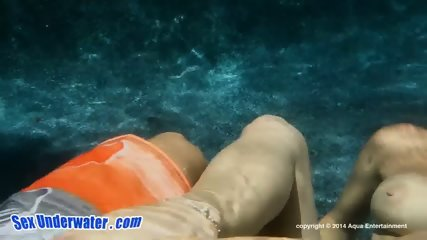 Handjob And Blowjob Underwater - scene 3