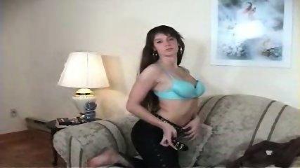 Vanessa stripping - scene 1