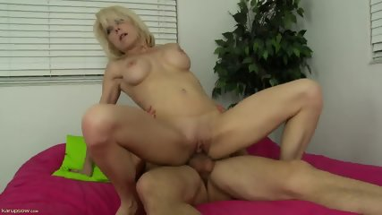 Hardcore Action With Mature Woman - scene 5