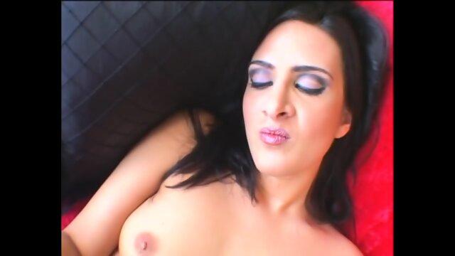 Ava Ramon – New Wave Latinas 5