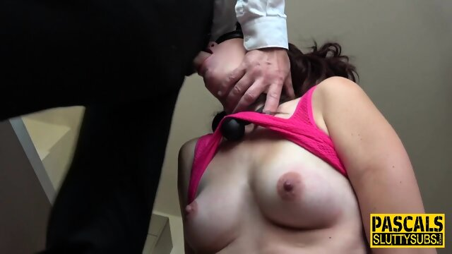 Blindfolded and bound submissive sucks