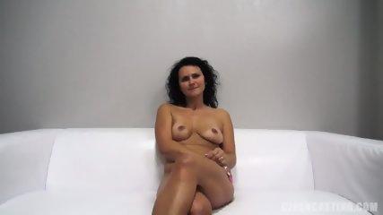 Mature Amateur Reaches Orgasm - scene 6
