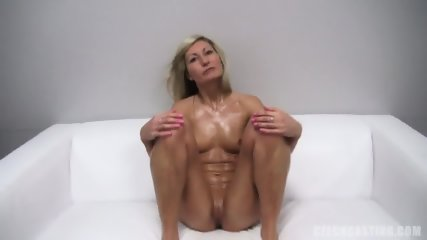 Amateur Andrea Shows Titties
