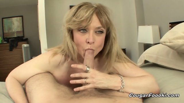 Mature Lady Pounded Hard On Bed