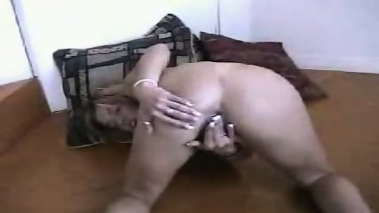 Jennie Tyler sucks - scene 2
