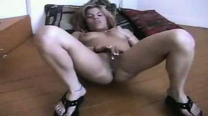 Jennie Tyler sucks - scene 6