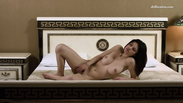 nude hips of fat women