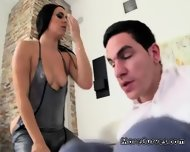 Husband Begs Brooke Summers For Blowjob Which She Is Really Good At