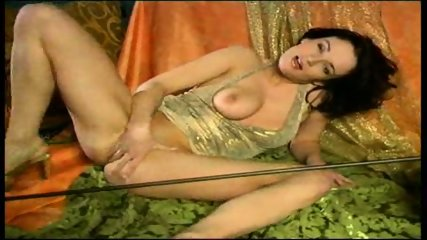 Jane needs Tarzan - scene 9