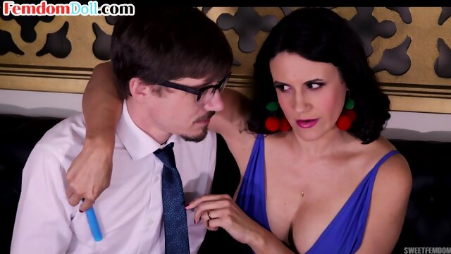 Busty oral dominatrix humiliating her submissive mouth