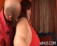 Man Bangs Sexy Fat Hottie - scene 1