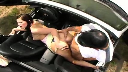 Outdoor Sex in Car - scene 5