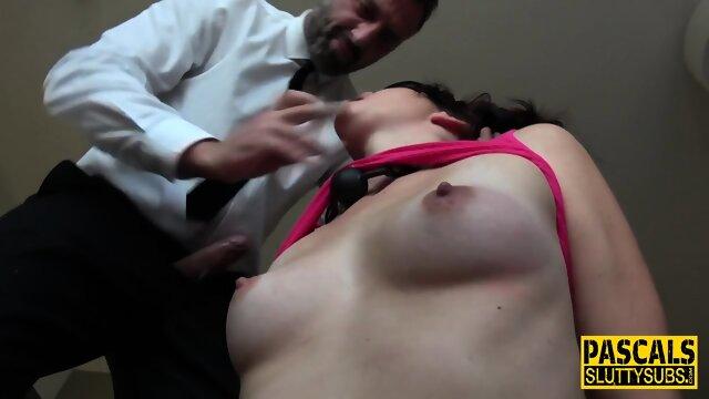 Fetish amateur throating dick