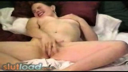 Pretty girl orgasm - scene 8