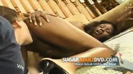 Ebony Slut Gets Pussy Licked & Fingered