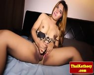 Thai Tranny Shemale Stretches Ass Open