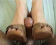 Hot shoejob cum on feet