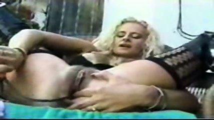 Pumping pussy - scene 5