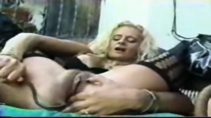Pumping pussy - scene 6