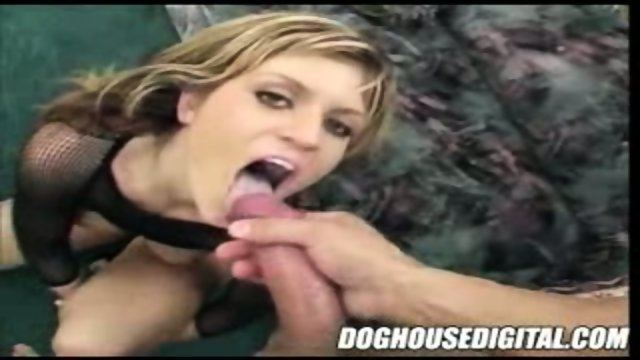 Slutty Chick Gets A Mouthful