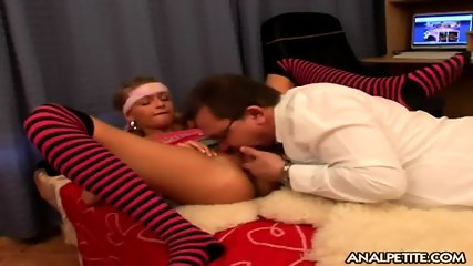 Young Girl With Older Guy's Dick In Ass - scene 5